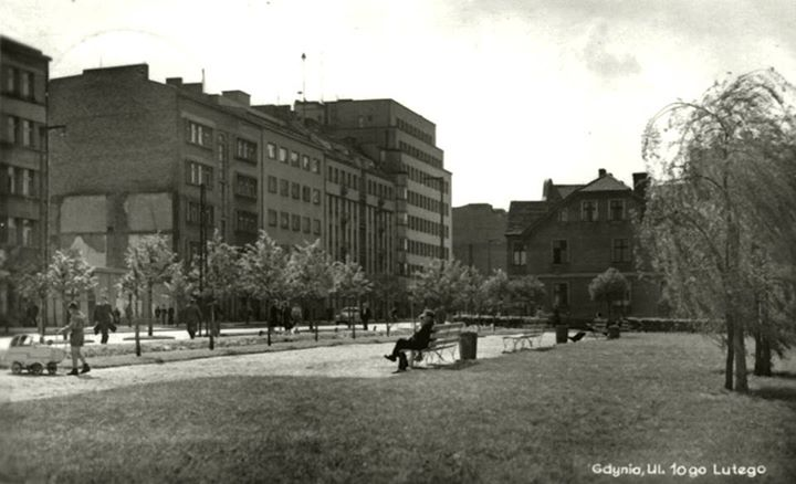 plac na rogu 10 lutego oraz Władysława IV - lata powojenne, fot. Archiwum Muzeum Miasta Gdynia